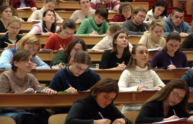 studenți,uvt,cursuri,bănci,pandemie,coronavirus