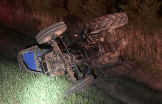accident,tractor