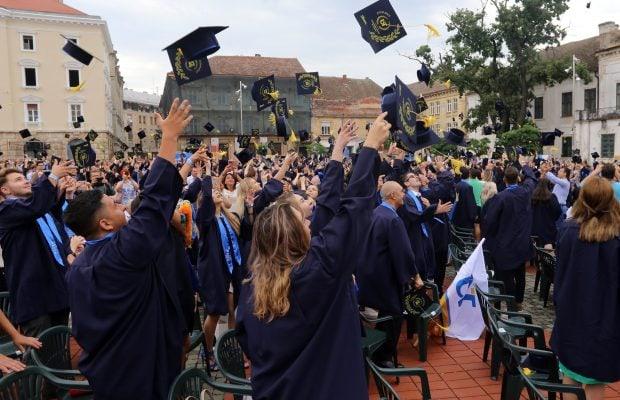 absolvire uvt 1